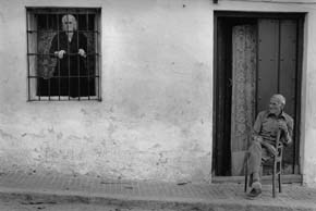 i-la-tarde-campillo-de-arenas-i-1978-copy-cristina-garcia-rodero-magnum-photos