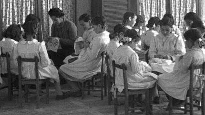 100 años en femenino