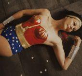 Teresa Serrano. Wonder woman. Albur de amor. Artium