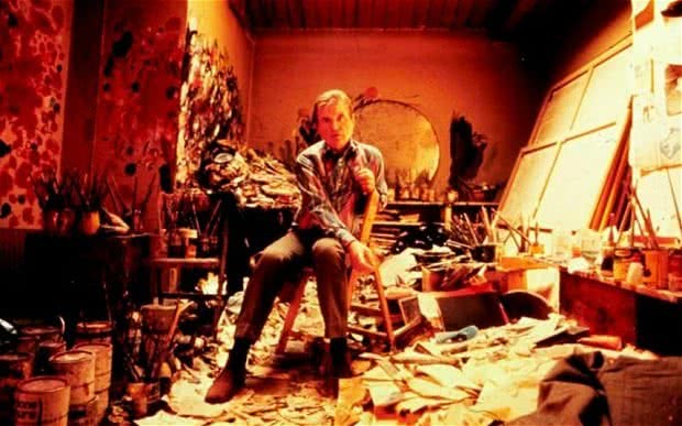 Francis Bacon en su estudio.