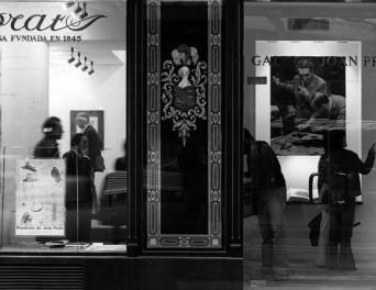 """Inauguración de la expo """"Presència de Joan Prats"""" en la galería Joan Prats (1976)."""
