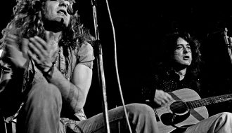 Led_Zeppelin_acoustic