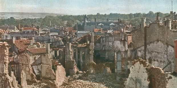 View of Verdun, 1916. Photo Jules Gervais-Courtellemont. Taschen