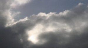 Silvia Maglioni and Graeme Thomson. Clouds of Unknowing, 2014 (terminal beach). Captura de vídeo.
