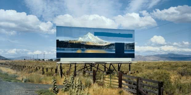 Stephen Shore. Carretera Federal 97 al sur de Klamath Falls, Oregón, 21 de julio de 1973. De la serie Uncommon Places