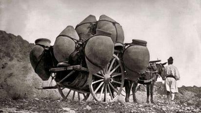 Murcia, Carreta cargada de tinajas. 1871. Casa fotográfica de Laurent.