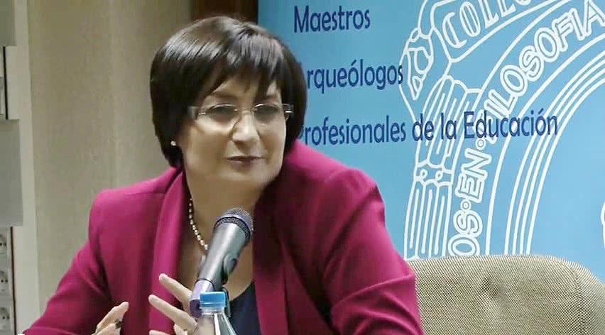 Carmen Sanz Ayán..