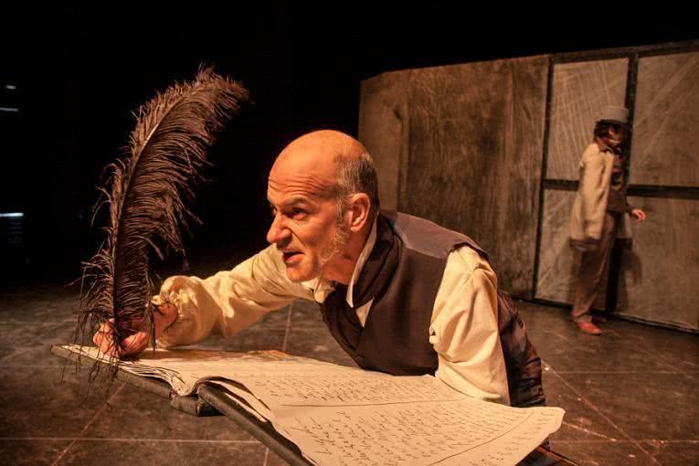 Canción de Navidad. Compañía Teatrasmagoria