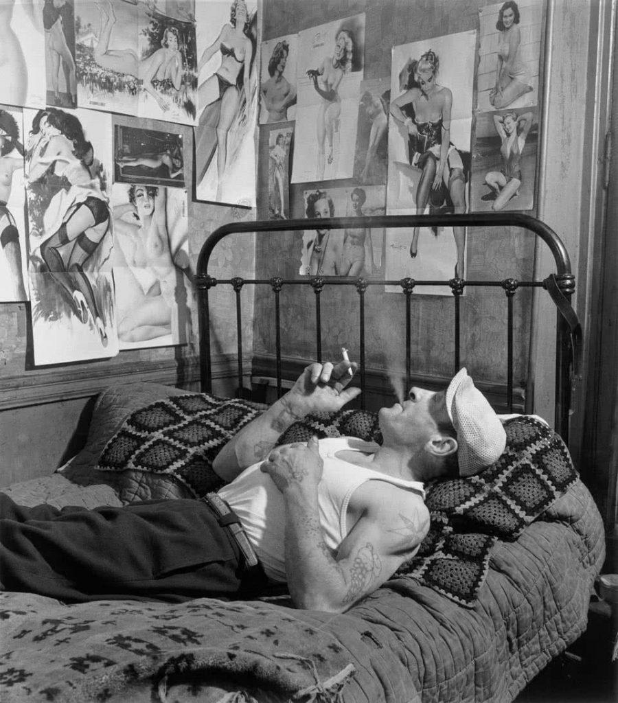 Robert Roisneau. Creatures of Dreams Rue Mouffetard, Paris, 1952