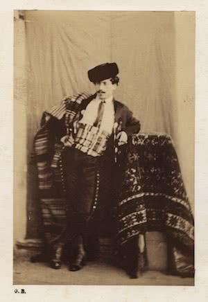 Gustave de Beaucorps. Retrato con atuendo de majo, Granada, 1858