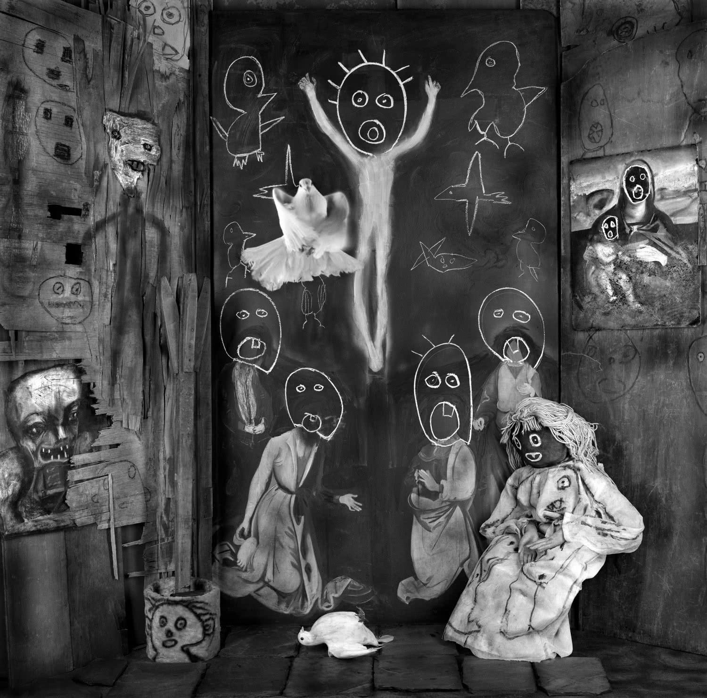 Roger Ballen. Ascension. Asylum of the birds. 2013.