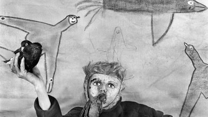 Roger Ballen. Take off. Asylum of the birds. 2012.