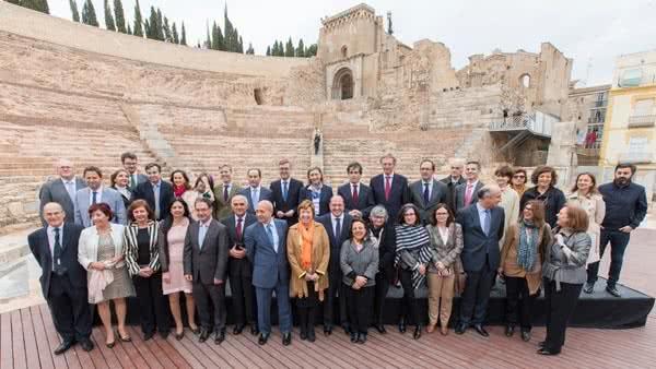 Foto de familia de los participantes en la Conferencia Sectorial de Cultura celebrada en Cartagena.