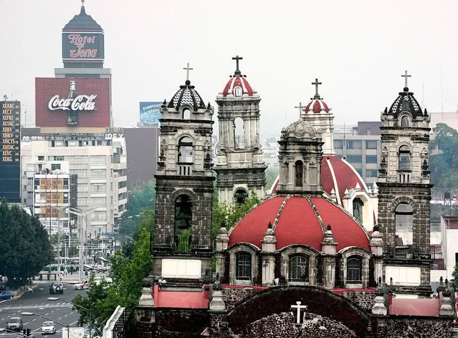 Joaquín Bérchez. Brindis barroco. Ciudad de México.