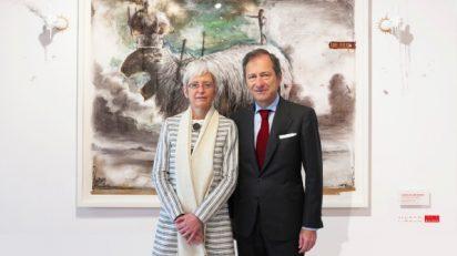 Soledad Luca de Tena, presidenta de Fundación Colección ABC, y Borja Baselga, director de Fundación Banco Santander.