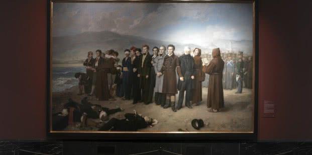 Antonio Gisbert. Fusilamiento de Torrijos y sus compañeros en las playas de Málaga. Iluminación halógena (izqu.) y LED (dcha.)