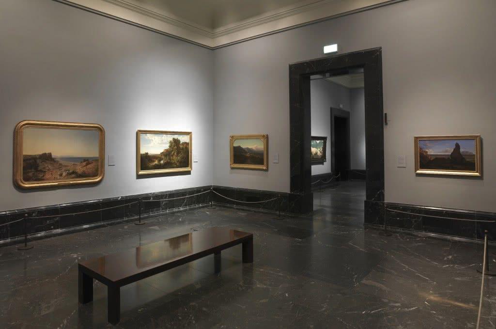 Sala 63 A. La obra 'Paisaje de Cataluña' de Ramón Martí Alsina está iluminada con leds