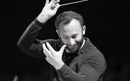 Kirill Petrenko (Photo: Wilfried Hösl)