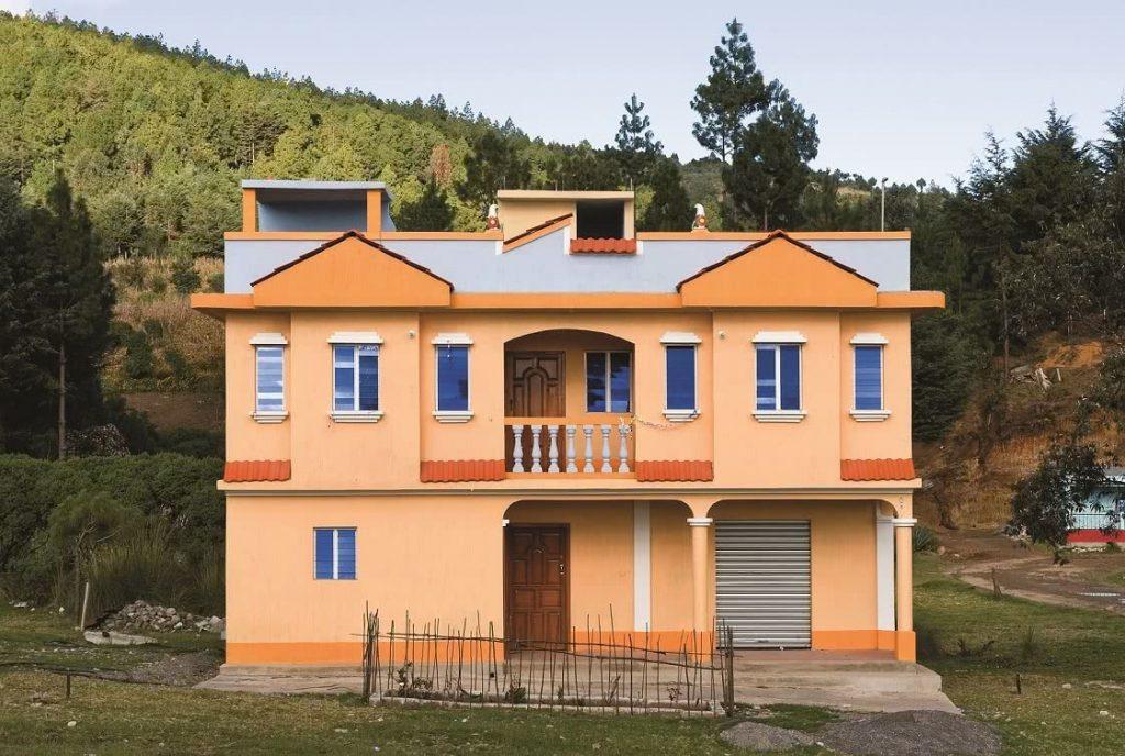 Mirada colectiva sobre la emigraci n centroamericana for Casas modernas guatemala