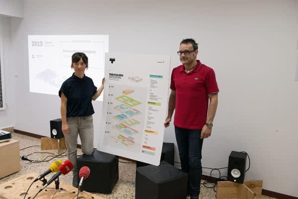 Ane Rodríguez Armendariz, directora cultural de Tabakalera, y Haritz Azkarraga, gerente.