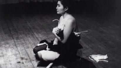 Yoko Ono. Cut Piece. 1964. Performed by Yoko Ono in New Works of Yoko Ono, Carnegie Recital Hall, New York, March 21, 1965. Photograph by Minoru Niizuma. © Minoru Niizuma. Courtesy Lenono Photo Archive, New York.