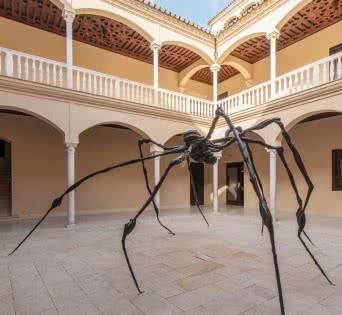 """""""Araña"""" de Louise Bourgeois en el patio del Museo Picasso Málaga © Museo Picasso Málaga."""