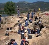 Valle de los Neandertales. Vista de la excavación en la Cueva Des-Cubierta.