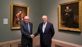 """El presidente del Real Patronato del Museo del Prado, José Pedro Pérez Llorca, y el presidente de la Fundación Bancaria """"la Caixa"""", Isidro Fainé."""