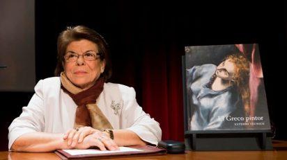Carmen Garrido, autora del libro 'El Greco pintor. Estudio técnico'. © Museo Nacional del Prado.