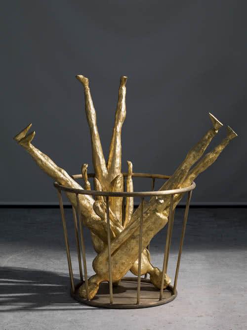 Roberto Barni. Capogiri d'oro, 2015, bronce patinado, pieza única, 125 x 45 x 40 cm.