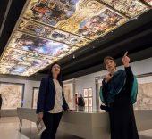 """La directora general adjunta de la Fundación Bancaria """"la Caixa"""", Elisa Durán, y la comisaria de la exposición, Bénédicte Gady."""