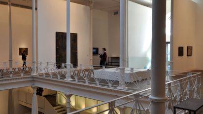 Imagen de sala de 'Antoni Tàpies. Col·lecció, 1955-1965'. (c) Fundació Antoni Tàpies, Barcelona, 2016.