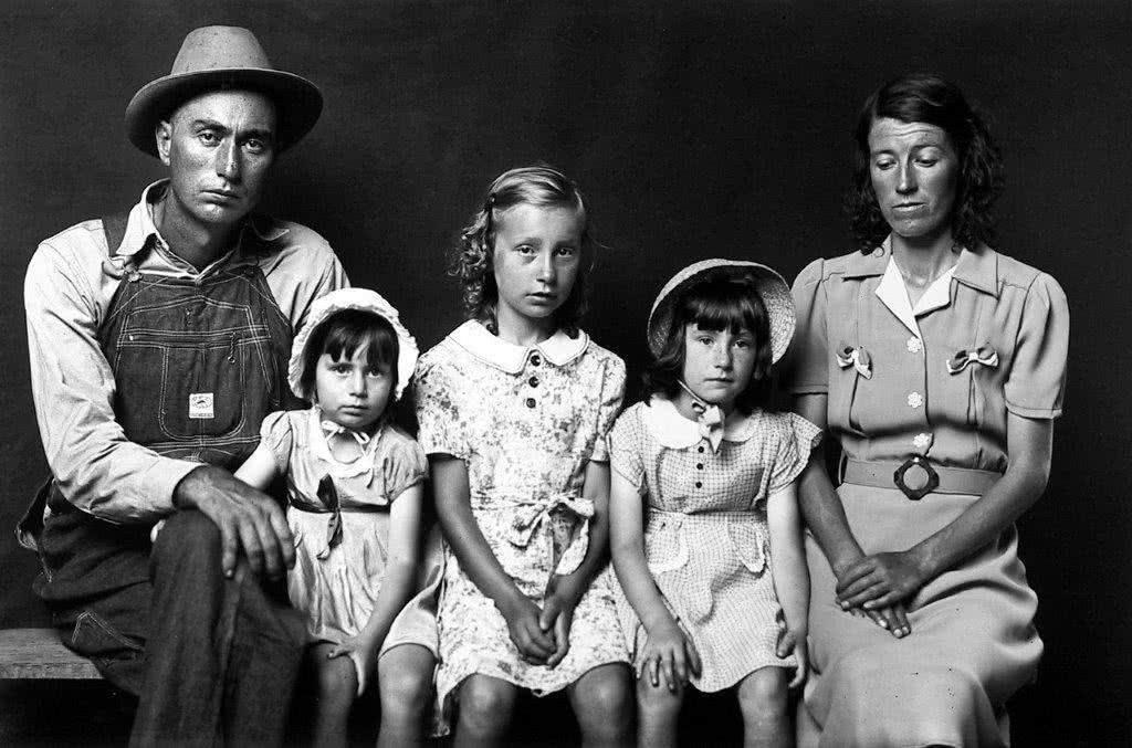Mike Disfarmer. Untitled, 1939-46.