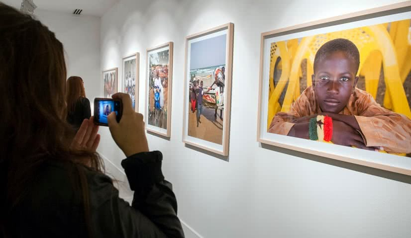 Vista de la exposición 'Géntu Ndaw' en Casa África.