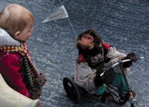 'Mono the Monkey', de Electric Circus.