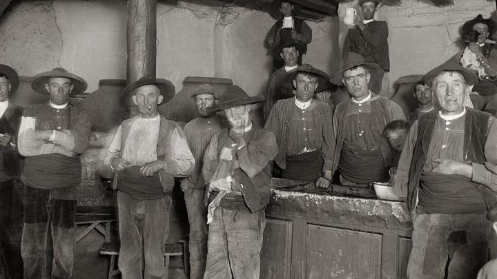 Otto Wunderlich, En la taberna. Arenas de San Pedro (Ávila), 1921-1922. Archivo Wunderlich del IPCE.