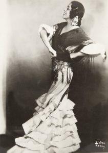 Antonia Merce 'La Argentina' en Danza iberica de Joaquin Nin Castellanos. Foto: D'Ora, 1929.