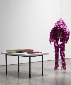 Ines Doujak. ¡Viva el cuchillo!, 2010.
