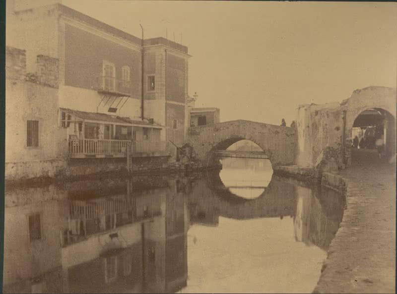 Vista del canal de la ciudad de Bizerta. Foto: MAN.