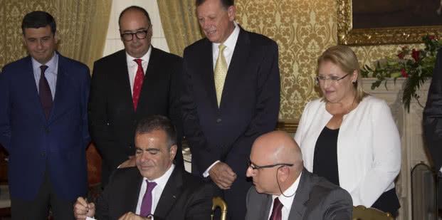 Firma del acuerdo Suite Vollard Malta Fundacion Mapfre