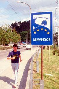 Rogelio López Cuenca. Bemvindos / Bienvenidos. 1998.
