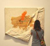 Vista exposición 'Antoni Tàpies. Colección, 1966-1976 (II)'.