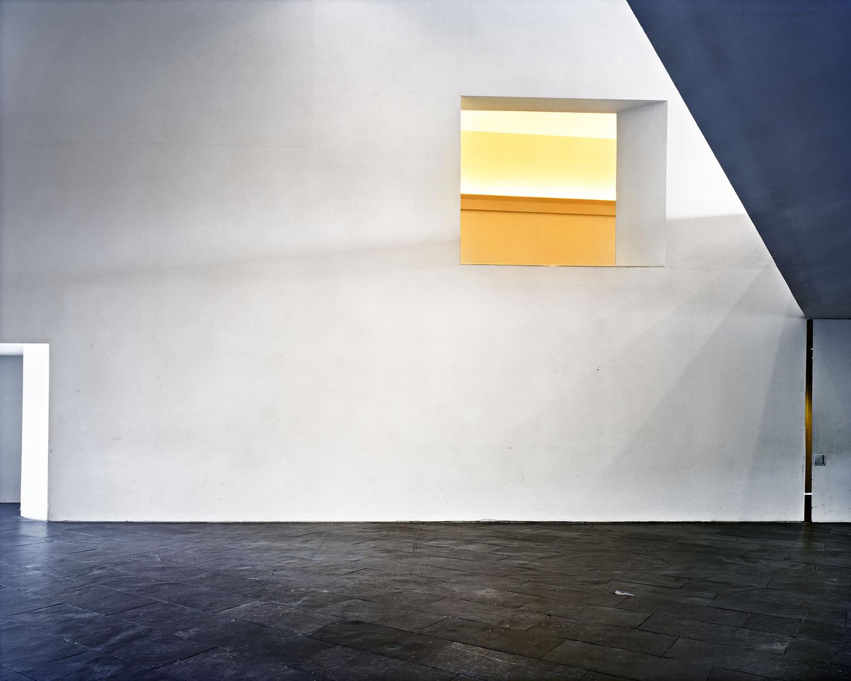 Lynne Cohen, Almas Gemelas.
