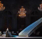 La traviata. Atto I Francesca Dotto(Violetta). Foto: Yasuko Kageyama. Opera di Roma, 2015