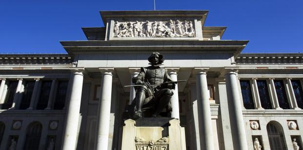 Museo del Prado. Vista de la fachada oeste o de Velázquez.