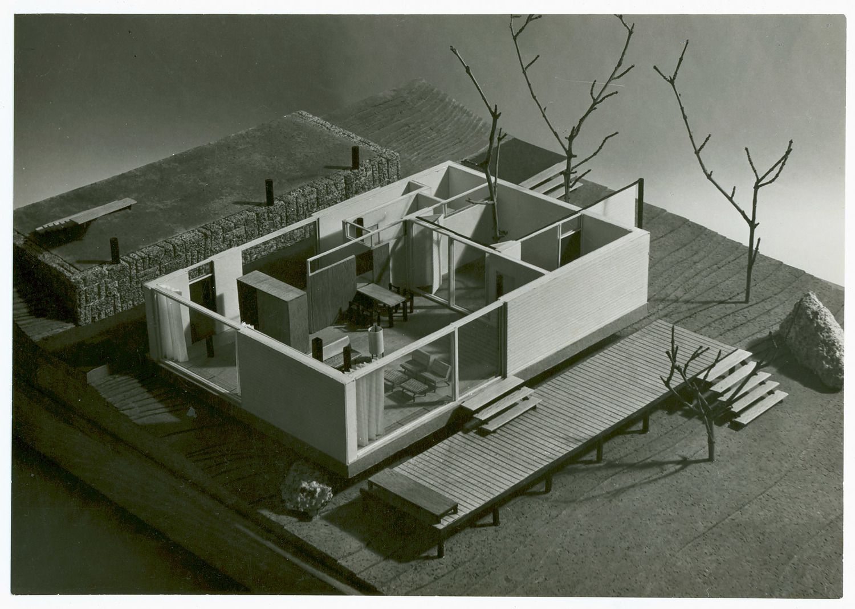 Exposición 'Cámara y modelo. Fotografía de maquetas de arquitectura en España, 1925-1970'.