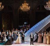 Giuseppe Verdi. La traviata. Foto: Yasuko Kageyama.