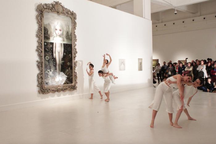 Exposición Cámara de las maravillas, de Mark Ryden, en el Centro de Arte Contemporáneo de Málaga.