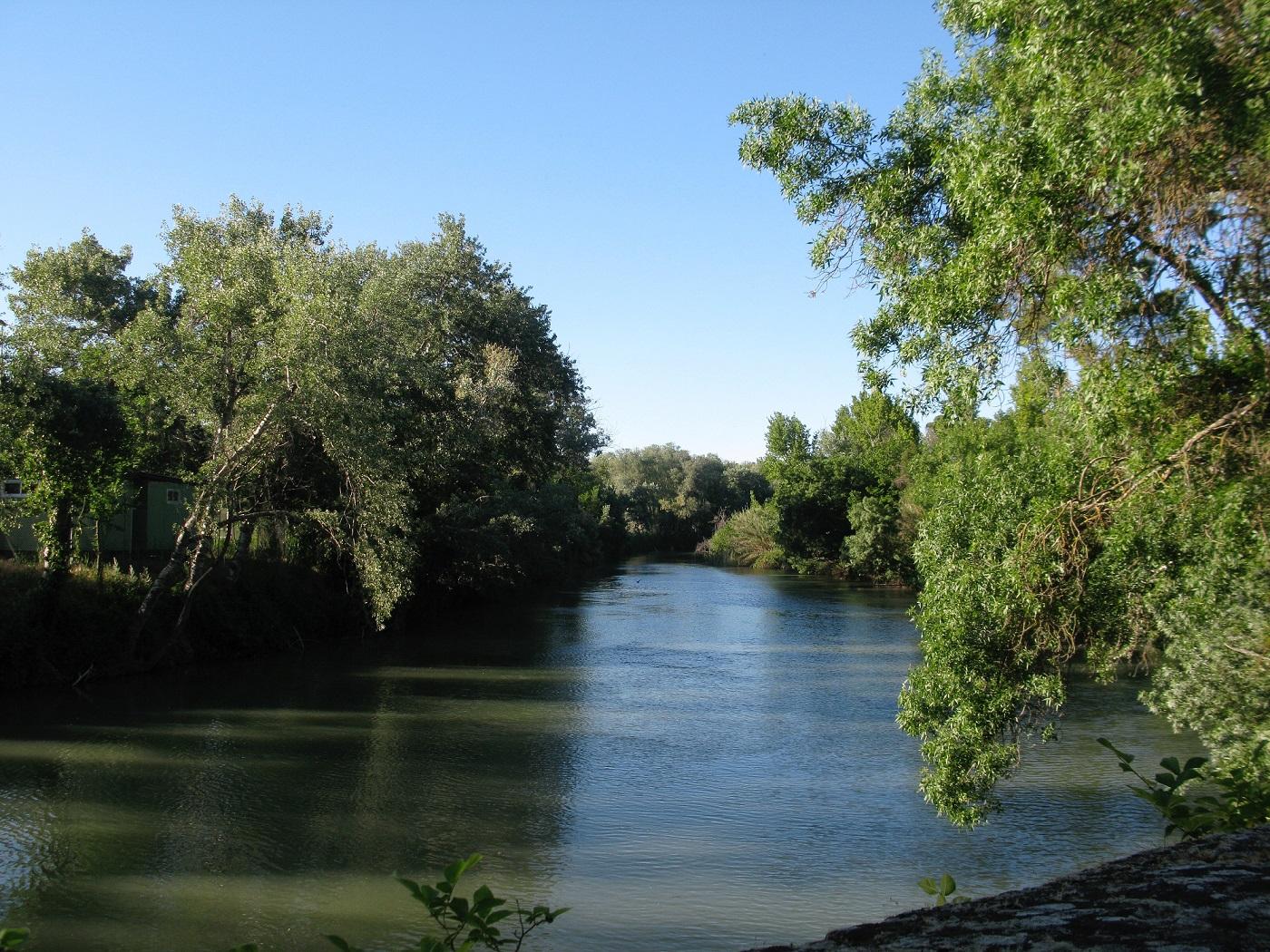 Rio Tajo junto al Jardín del Príncipe.