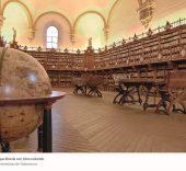 Antigua Librería con Libro Redondo. Universidad de Salamanca.